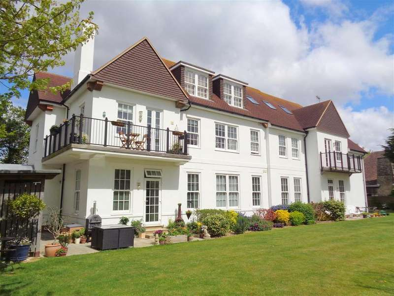 2 Bedrooms Apartment Flat for sale in Aldwick Avenue, Aldwick