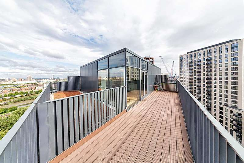 2 Bedrooms Penthouse Flat for sale in Java House London City Island E14