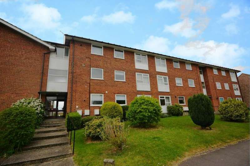 2 Bedrooms Apartment Flat for sale in Millfields, Writtle, Chelmsford, Essex, CM1