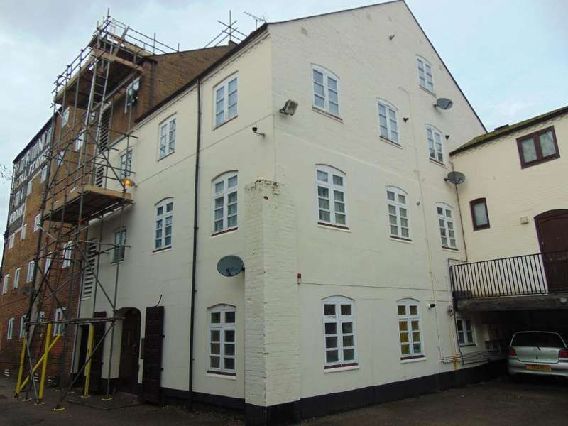 Studio Flat for sale in Albion Granary, Wisbech, Cambs, PE13 1HY