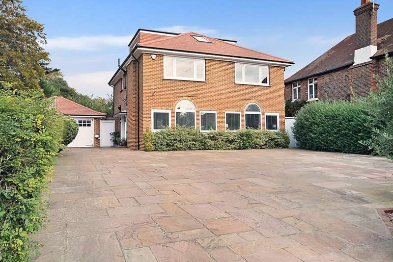 5 Bedrooms Detached House for sale in Upper Brighton Road, Worthing BN14 9HY