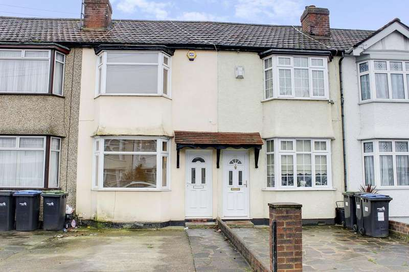 3 Bedrooms Terraced House for sale in Larmans Road, Enfield, London, EN3