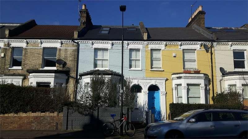 4 Bedrooms Terraced House for sale in Hadyn Park Road, Shepherds Bush
