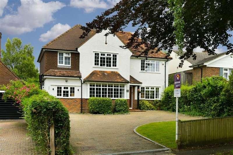 4 Bedrooms Detached House for sale in Beacon Way, Banstead, Surrey