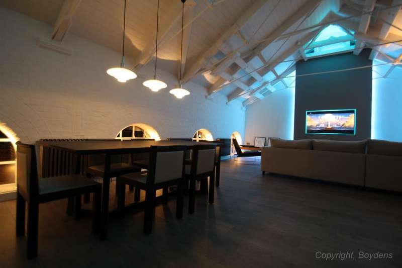 3 Bedrooms Duplex Flat for sale in The Mill Apartments, East Street, Colchester, Essex