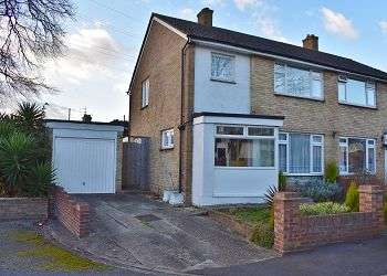 3 Bedrooms House for sale in Wymering Manor Close, Wymering, Portsmouth, PO6 3NN