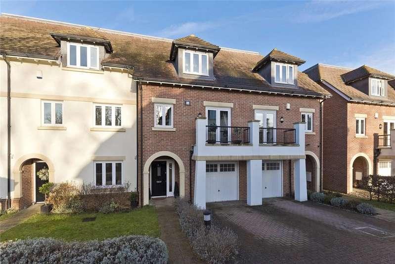 4 Bedrooms Terraced House for sale in Goodacre Close, Weybridge, Surrey, KT13