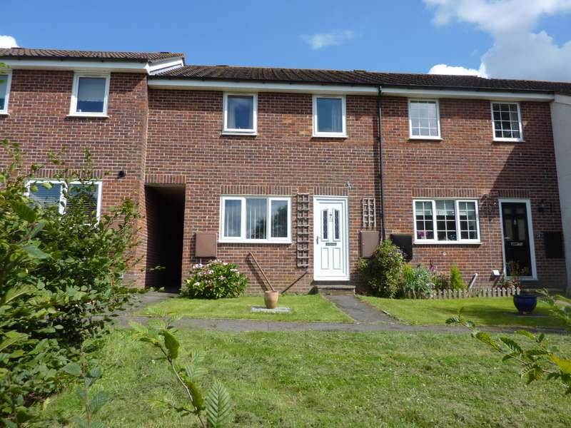 3 Bedrooms Terraced House for sale in Wetherby Gardens, Charlton SP10