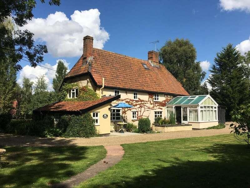 3 Bedrooms Farm House Character Property for sale in Worlingworth, Nr Framlingham, Suffolk