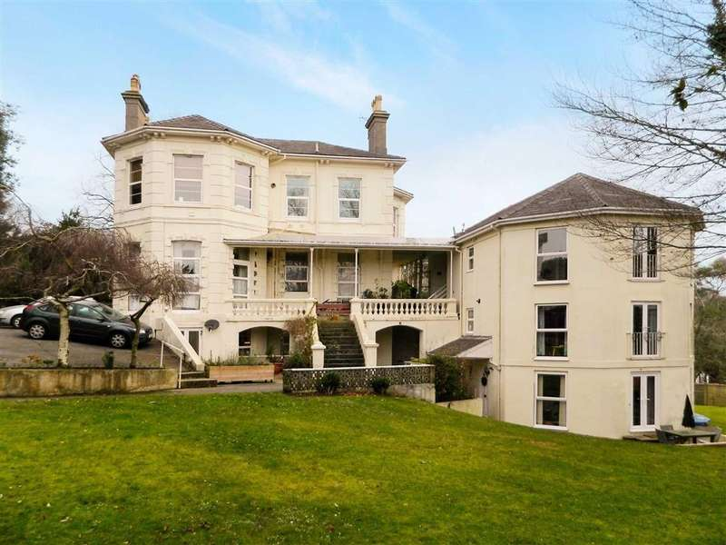 2 Bedrooms Apartment Flat for sale in Barrington Road, Wellswood, Torquay, Devon, TQ1