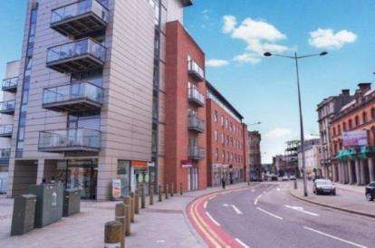 2 Bedrooms Flat for sale in Quayside, Cardiff Bay, Cardiff