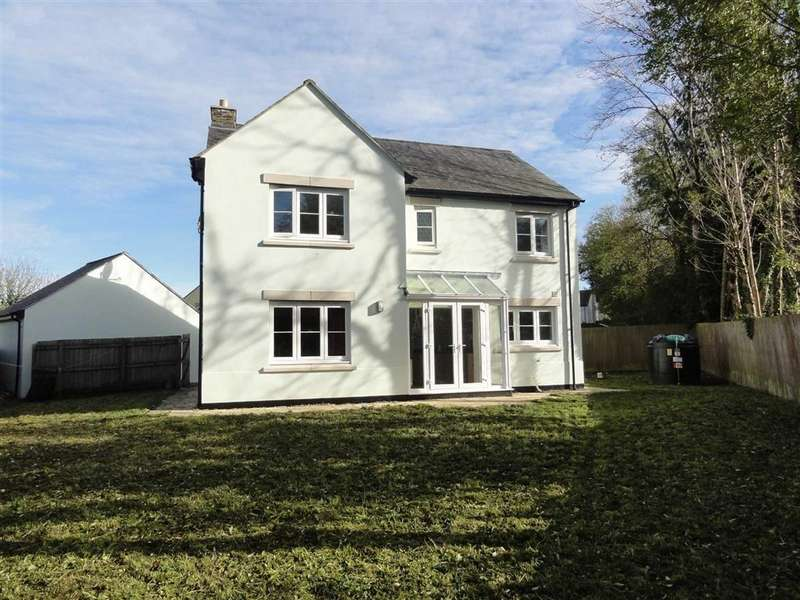 4 Bedrooms Detached House for sale in Town Meadow, Bridestowe, Okehampton, Devon, EX20