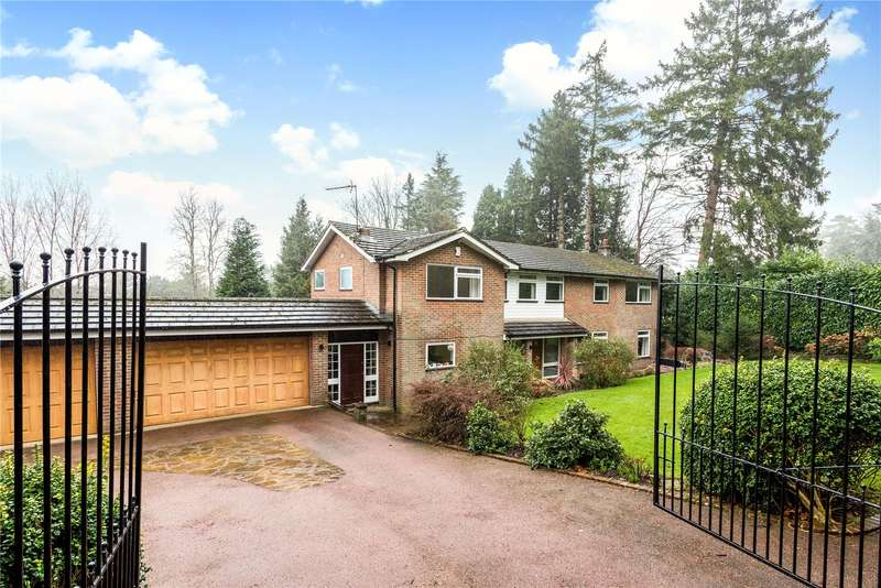 5 Bedrooms Detached House for sale in Park View Road, Woldingham, Surrey, CR3
