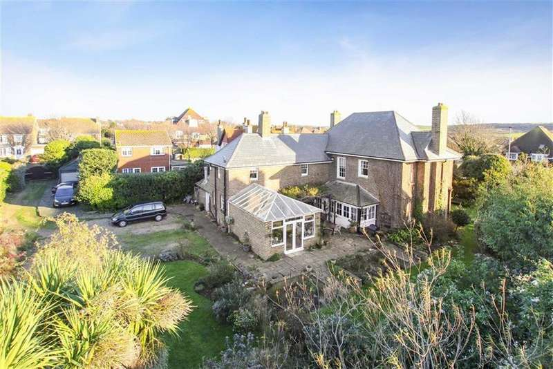 5 Bedrooms Detached House for sale in Sutton Road, Seaford