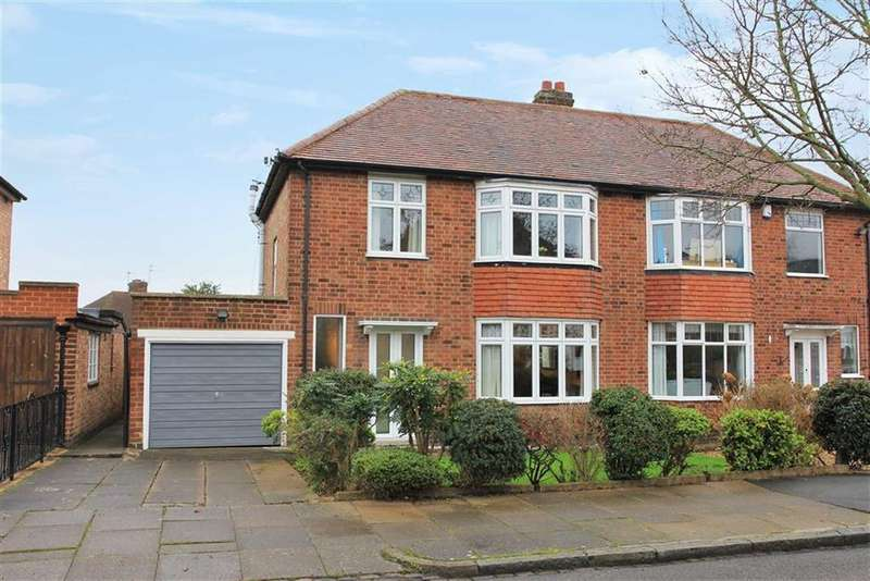 3 Bedrooms Semi Detached House for sale in Hilders Road, Western Park, Leicester