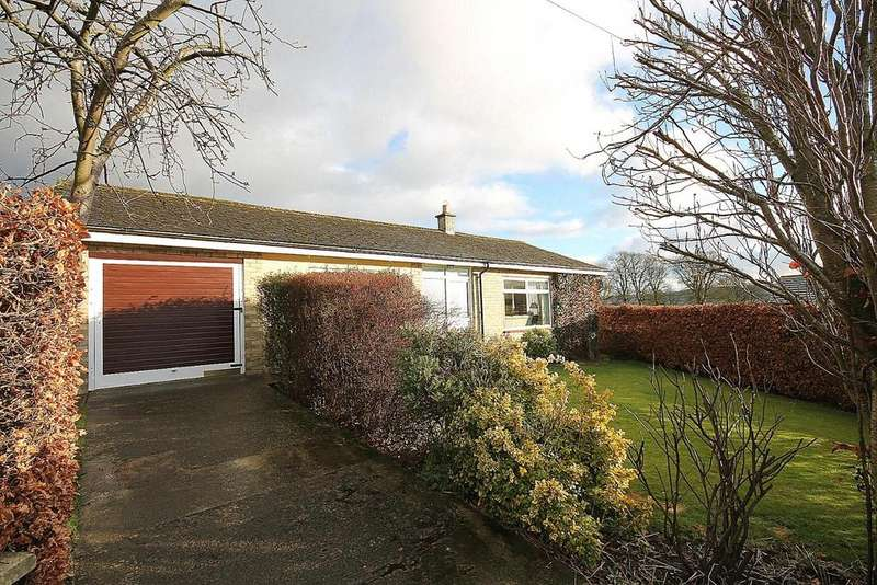 2 Bedrooms Bungalow for sale in Woodcroft Gardens, Stanhope, Bishop Auckland
