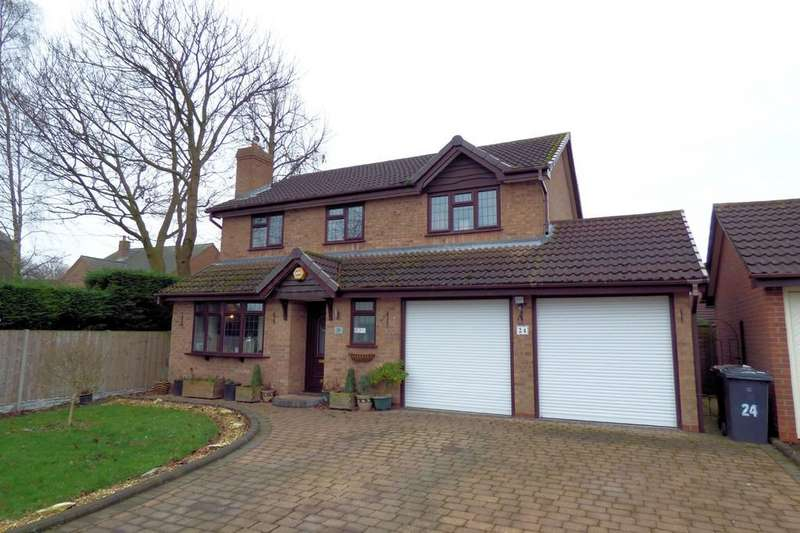 4 Bedrooms Detached House for sale in Crest Close, Stretton