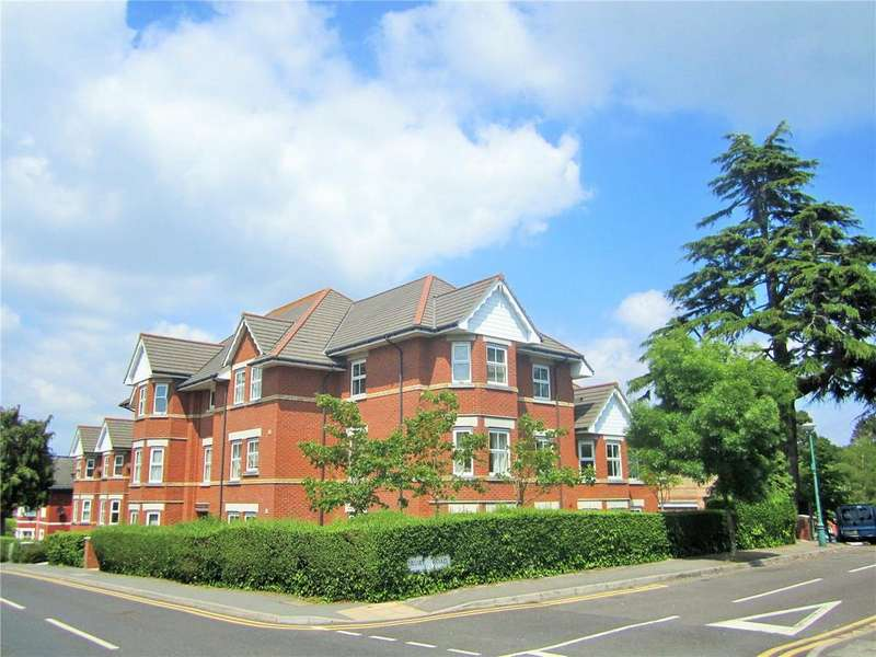2 Bedrooms Flat for sale in Eton Court, 43 Alumhurst Road, Bournemouth, Dorset, BH4