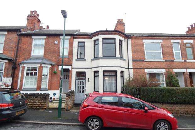 2 Bedrooms Terraced House for sale in Sedgley Avenue, Nottingham, NG2