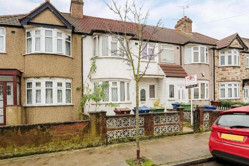 3 Bedrooms Terraced House for sale in Carmelite Road Harrow HA3