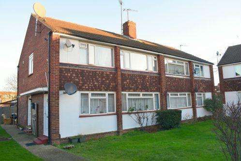 2 Bedrooms House for sale in Farnham Road, Slough