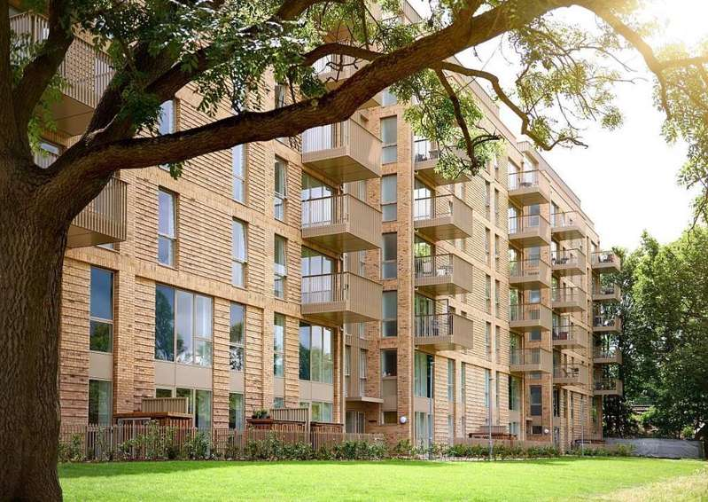 1 Bedroom Flat for sale in Catford Green, Catford,, London, SE6
