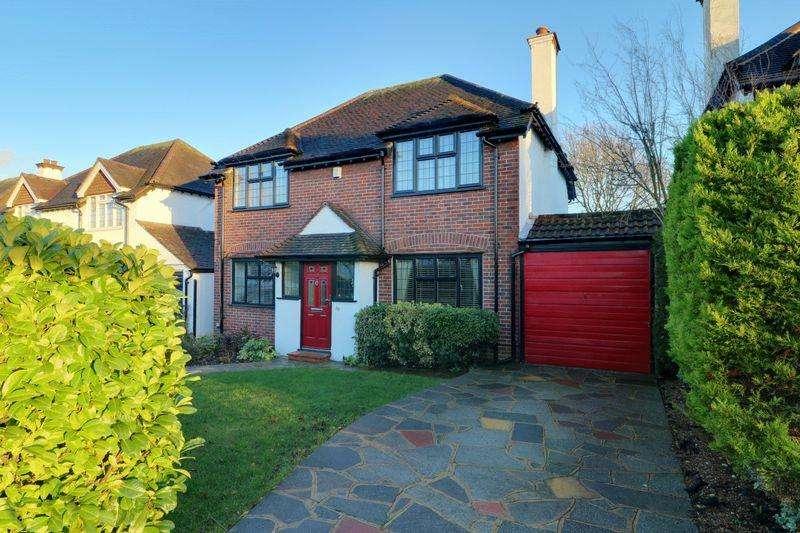 3 Bedrooms Detached House for sale in Mount Park Avenue, South Croydon