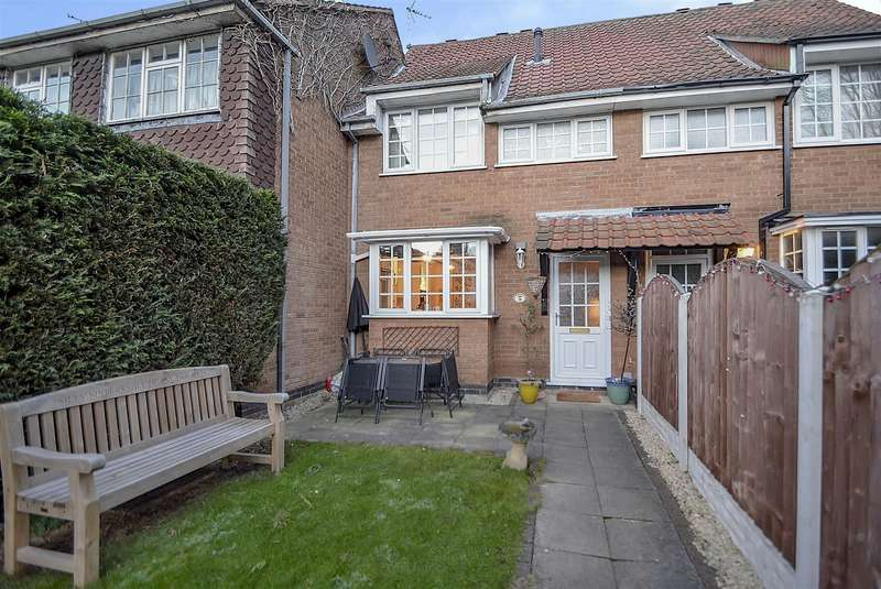 3 Bedrooms Terraced House for sale in Kensington Close, Toton