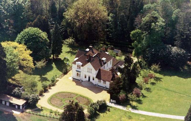 9 Bedrooms Property for sale in Curdridge, Winchester