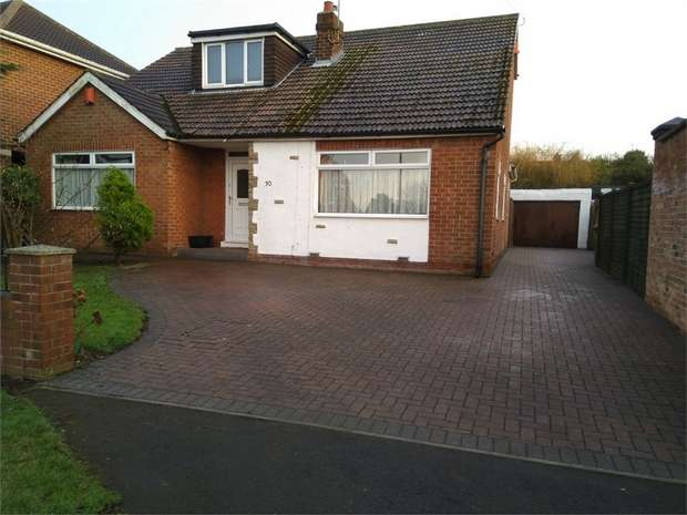 4 Bedrooms Detached Bungalow for sale in Welburn Grove, Ormesby, Middlesbrough, North Yorkshire