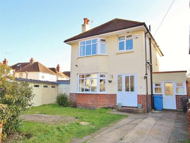 3 Bedrooms Detached House for sale in Milestone Road, Oakdale, Poole, Dorset