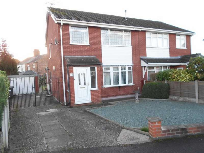 3 Bedrooms Semi Detached House for sale in Singleton Avenue, Crewe, Cheshrie