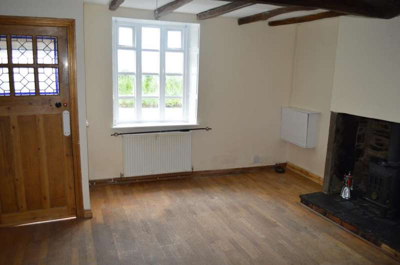 2 Bedrooms End Of Terrace House for rent in Upholland Road, Billinge, Wigan, WN5