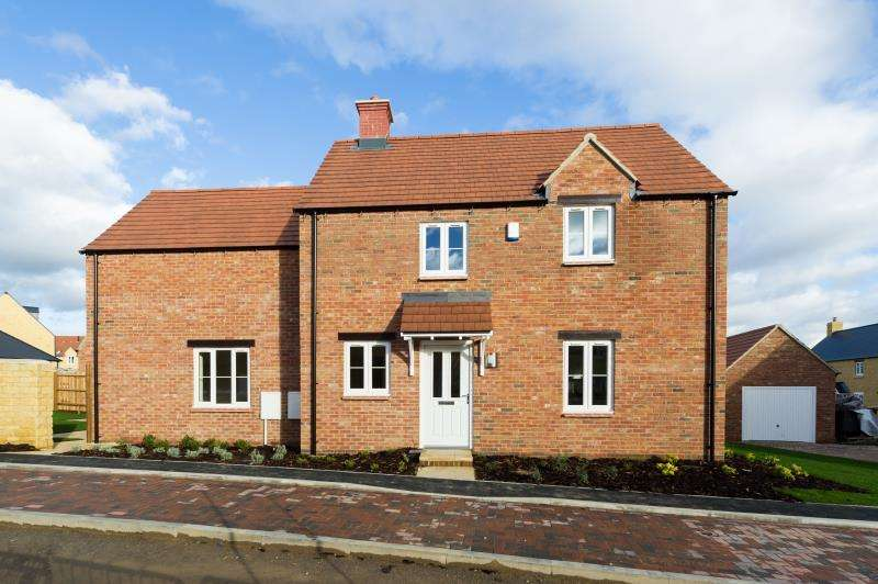 3 Bedrooms Detached House for sale in The Silver Birch, Slate Crescent, Stonesfield, Witney, Oxfordshire