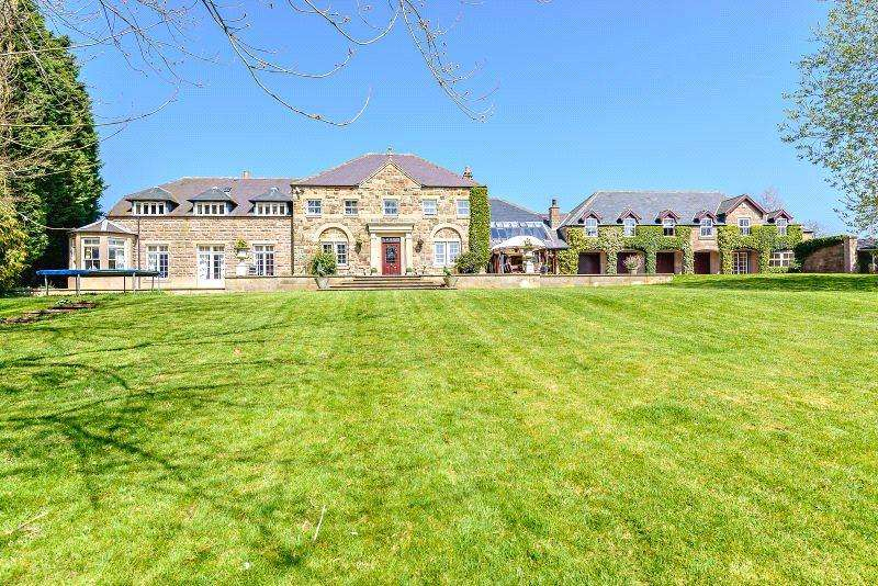 5 Bedrooms Detached House for sale in Hazelwood, Belper, Derbyshire