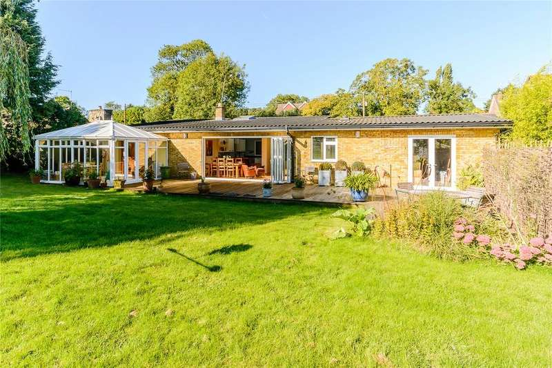 4 Bedrooms Detached Bungalow for sale in Postcombe, Thame