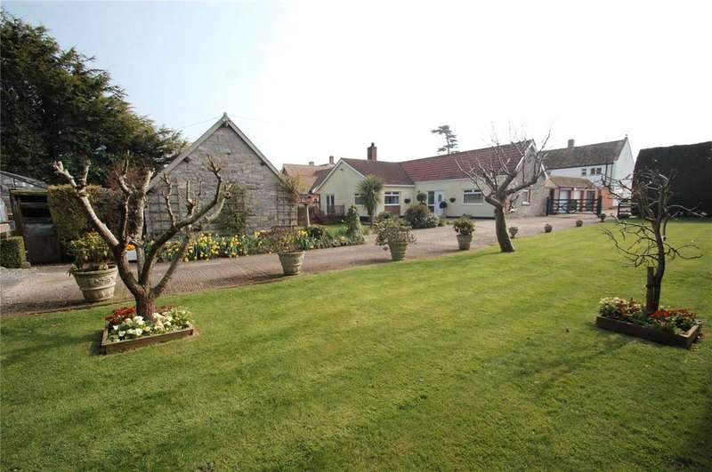3 Bedrooms House for sale in West End Court, Chedzoy Lane, Bridgwater, Somerset, TA7