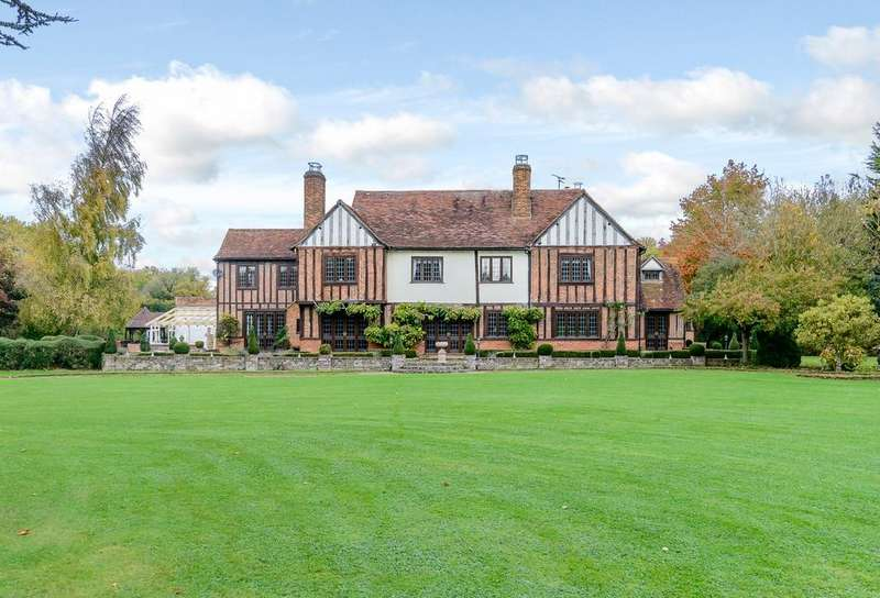 6 Bedrooms Detached House for sale in Chelmsford, Essex, CM3