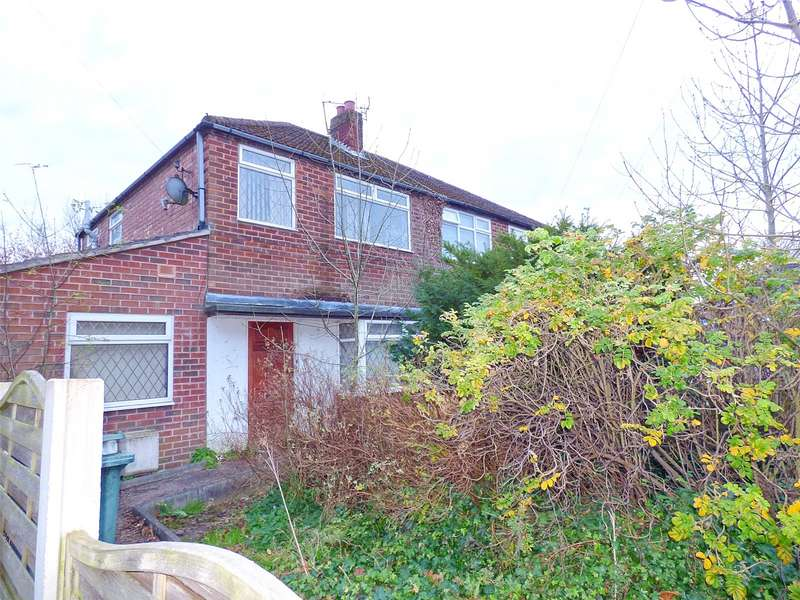 4 Bedrooms Semi Detached House for sale in Ruthin Avenue, Alkrington, Middleton, Manchester, M24