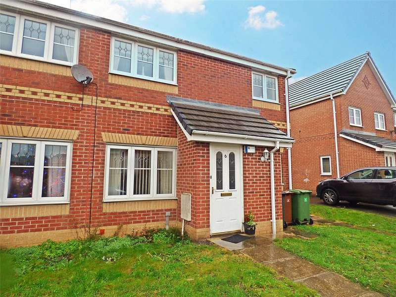 2 Bedrooms Apartment Flat for sale in Bedfordshire Close, Oldham, Greater Manchester, OL9