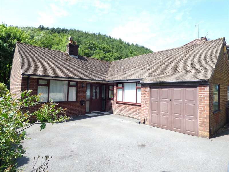 2 Bedrooms Detached Bungalow for sale in Milnrow Road, Shaw, Oldham, Greater Manchester, OL2