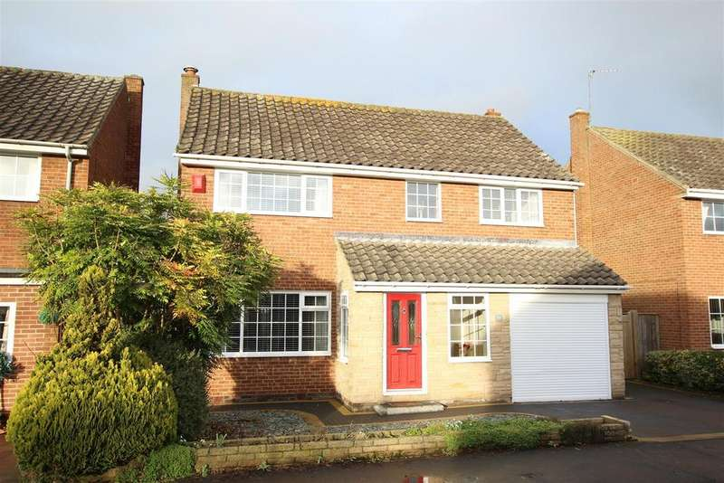 4 Bedrooms Detached House for sale in Westfield Drive, Hurworth