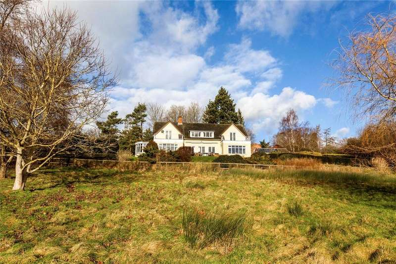 5 Bedrooms Detached House for sale in Garden Close Lane, Newbury, Berkshire, RG14