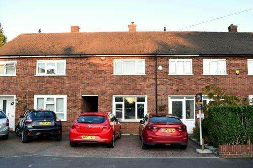 3 Bedrooms House for sale in Harrow Road, Langley