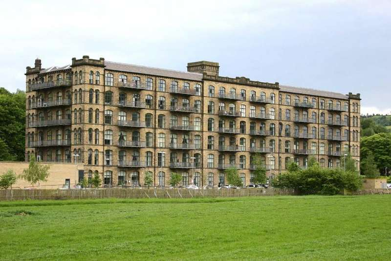 2 Bedrooms Apartment Flat for sale in Titanic Mill, Low Westwood Lane, Linthwaite, Huddersfield, HD7