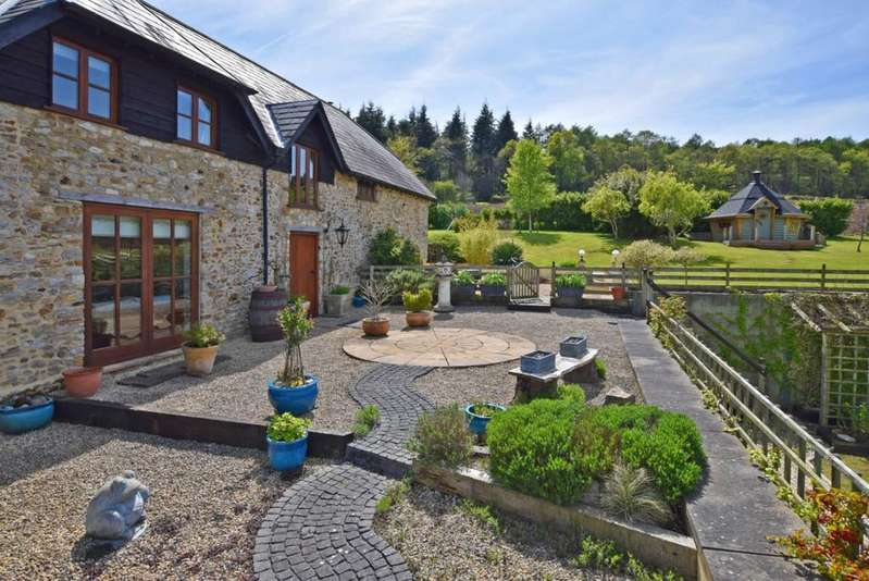 3 Bedrooms Detached House for sale in Kilmington, Axminster, Devon