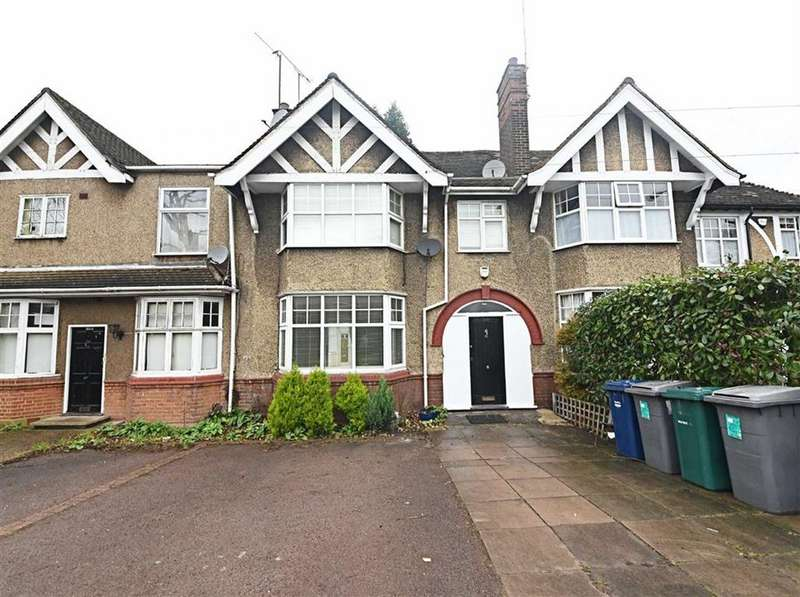 3 Bedrooms Terraced House for sale in Nether Street, Finchley, London, N3