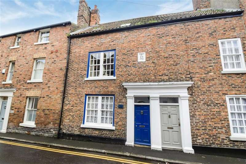 4 Bedrooms Terraced House for sale in Princess Street, Scarborough, North Yorkshire, YO11