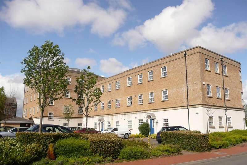 1 Bedroom Apartment Flat for sale in Llwyn Passat, Penarth Marina