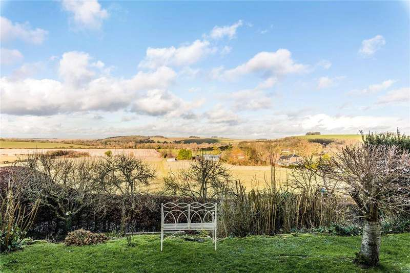5 Bedrooms Detached House for sale in Corton, Warminster, Wiltshire